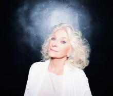 """Judy Collins """"Amazing Grace"""" utgis på nytt til støtte for WHO"""