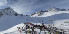 Top-Bedingungen zum 30. Wintersportauftakt von SportScheck: 15 Sonnenstunden und 170 cm Schnee zum 30. Jubiläum des GletscherTestivals.