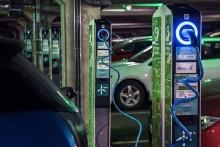 BMW ja Fortum helpottavat messuvieraiden sähköautoilua Helsingissä