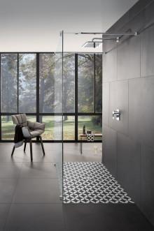L'espace douche, un élément d'exception personnalisé qui attire tous les regards dans la salle de bains : Un nouveau concept de design pour les receveurs de douche Subway Infinity avec les décors ViPrint