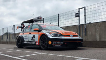 Dubbla V8 Thunder Cars-mästaren Emil Persson kör STCC med Kågered Racing