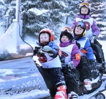 Juniorskidpatrull i Kvitfjell håller koll på pisterna