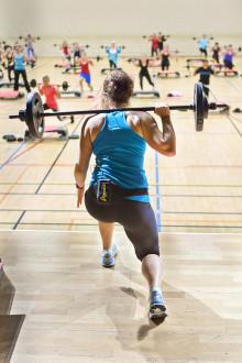 Umeåforskare släpper boken Kvinnor och träning
