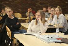 It-studerende skal lære it-taktik på fodboldbanen