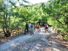 Suosikkisaari Kreetan voi kokea pyörän selästä