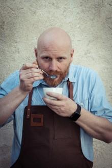 Kontorsbaristor tränas inför Coffee Professionals Cup: tävlingen som korar Nordens bästa kaffe på jobbet