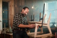 BAUHAUS och Hollywoodstjärnan Peter Stormare lyfter gör-det-själv-känslan i nytt samarbete