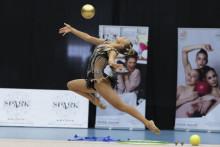 Tre nya guldmedaljer till Alva Svennbeck när SM i rytmisk gymnastiks grenfinaler avgjordes