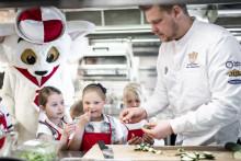 Viking Line och Svenska Juniorkocklandslaget presenterar ny barnbuffé