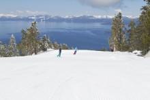 Let it snow, let it snow…  Weihnachtsevents und weiße Skipisten locken nach Nevada