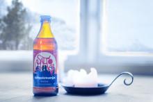 STF Saltoluokta lanserar [tjáhppismuorjje] – en egen öl med smak av kråkbär