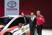 Akio Toyoda visar tre spännande nyheter på Paris Motor Show