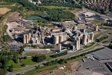 Christian Berner AB levererar packmaskin, palletering och krymphuvsutrustning för cement till Cementa AB