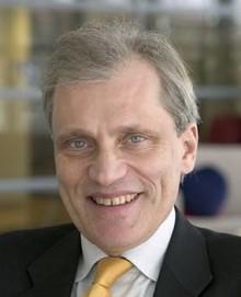 GU Holding gratulerar Björn Dahlöf