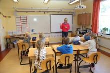 Kalmar klättrar i reviderad skolrankning