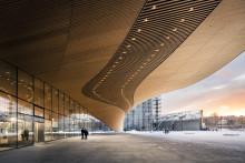 Keskustakirjaston Oodin suuruus haastaa arkkitehtuurikuvaajan