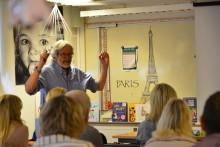 Välkänd astronom vidareutbildar Alingsås lärare