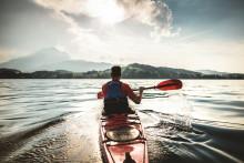 Paddelnd durch die Schweiz: Die besten Kanu- und Kajaktipps