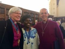 Ärkebiskopen får utmärkelse i England