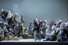 Eugen Onegin – smärtsamt vacker och obeskrivligt sorglig. Vasily Barkhatov sätter upp Tjajkovskijs mästerverk på Kungliga Operan