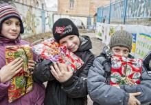 33 000 julklappshjältar deltog i årets Aktion Julklappen