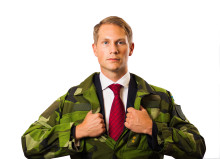 Reservofficerens goda ledarskap nyckel i Military Works internationella fiberuppdrag