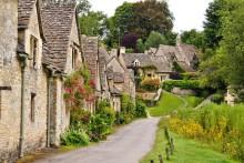 Bland prunkande trädgårdar och idylliska stenbyar i England med Cotswolds & Kent