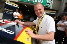 Dunlop söker entusiastiska designers för sin racingbil i Le Mans 2012