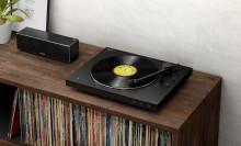 A klasszikus bakelit hangminőségét hozza el az új Sony PS-LX310BT lemezjátszó