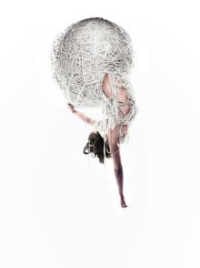 STORA TEATERN släpper biljetterna till Sverigepremiären av Cirkus Cirkörs nya föreställning Knitting Peace.