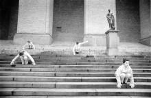 Den fria dansens genombrott, Butoh, Atlanten och maskulinitet i Paris