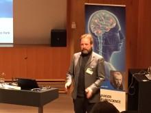 AlzeCure i svensk-norsk kraftsamling för nya behandlingar mot Alzheimers