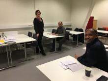 MTR ger lokalvårdare i Tunnelbanan gratis utbildning i svenska