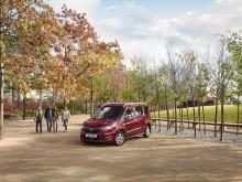 A Ford bemutatja az új Tourneo Connect és Tourneo Courier személyszállítókat