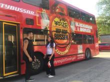 Hyresgästföreningen på turné med Hiphopbussen