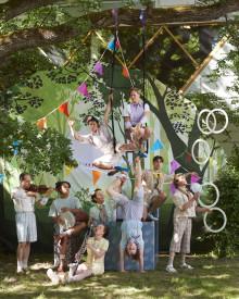 Nycirkus i världsklass och ett hejdundrande kalas - Clowner utan gränser på folkparksturné