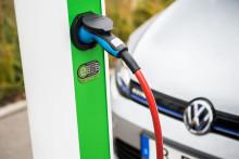 Volkswagen-koncernen investerar i plattform för laddning av elbilar