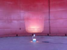 """Energiaa käsittelevä tanssiteos """"Katkelma 468"""" Kruunuvuorenrannan Öljysäiliössä"""