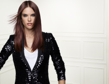 ALESSANDRA AMBROSIO & CAMILLE ROWE-POURCHERESSE JOIN L'OREAL PROFESSIONNEL'S GLAM TEAM!