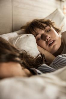 Scandics sömnambassadör hjälper dig sova bättre på Internationella Sömndagen
