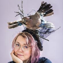 Kirja laventuu, kääntyy ja kieppuu eri taidemuotoihin: Meiju Niskalan esikoisromaaniin liittyvä näyttelykokonaisuus 6.-15.9.2019