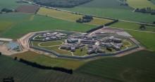 Topsikret fængsel fylder et år