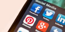 Svenskarna spenderar 1 timma om dagen till sociala medier