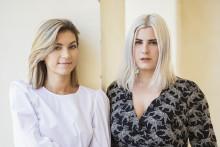 """Michaela Forni och Michaela Hamilton ger ut  Insta-poesisamlingen """"På andra sidan natten"""""""
