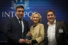 ECPAT får pris av INTERPOL för sin hårda kamp mot barnsexhandel