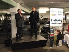 Linköping blir elbilsstad-12 laddare driftsatta i parkeringshuset Druvan.