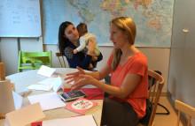 Pressinbjudan: Utrikesfödda lär sig svenska på öppna förskolan – SKL vill sprida metoden