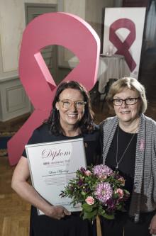 Bröstcancer-Sveriges finaste utmärkelse går till eldsjäl vid Centrallasarettet i Växjö