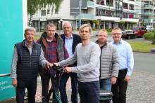 Westfalen Weser Energie fördert bürgerschaftliches Engagement – Sechs Klapp-E-Bikes für Vereine in Paderborn übergeben
