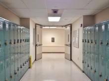 Från vidöppna skolor till helt låsta! Alltfler ser över säkerheten...